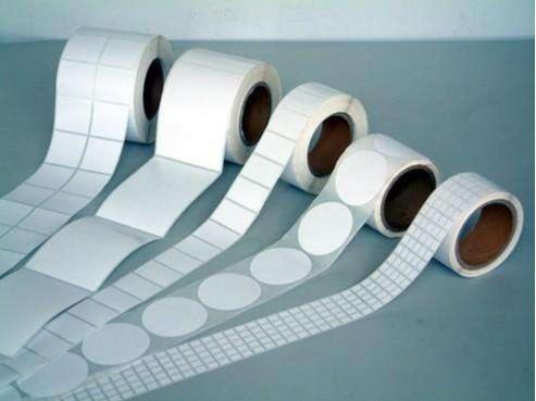 不干胶标签的模切工艺及模切方法