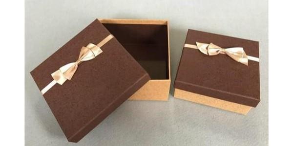 深圳礼品包装盒的定制